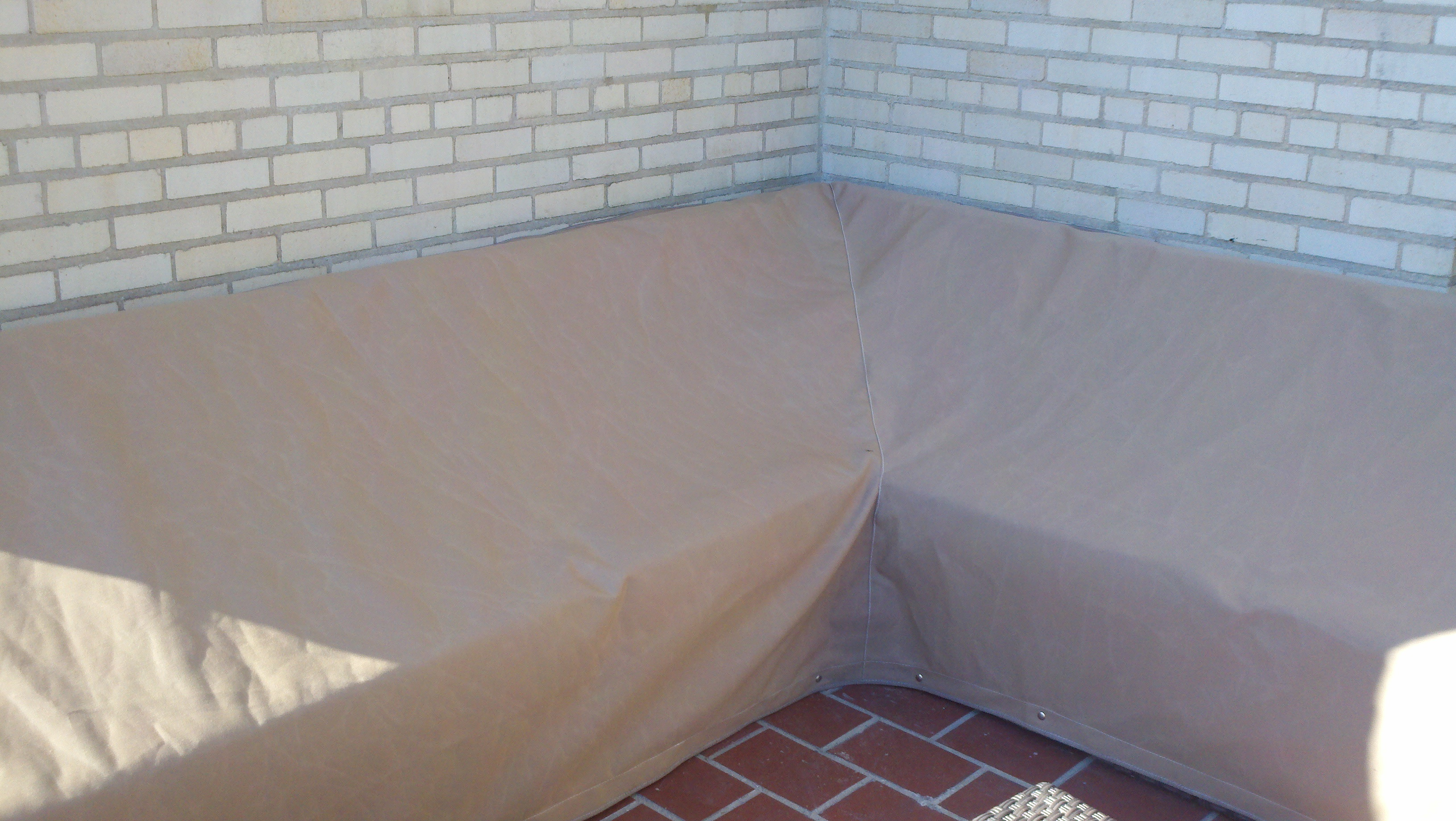 Outdoorcouchcover. Outdoor Couch Cover